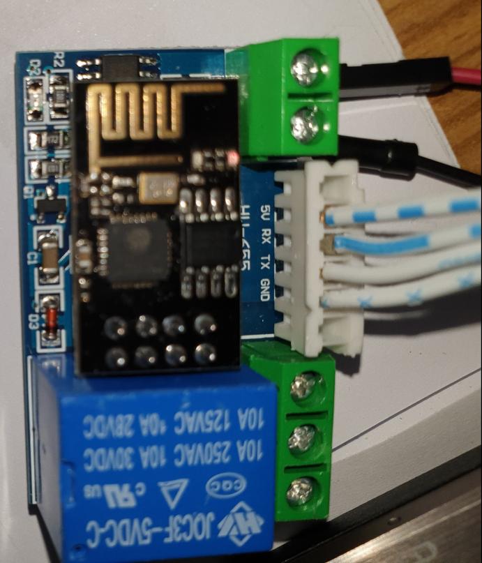 ESP8266-01 mit Relais – AT Firmware und eigene